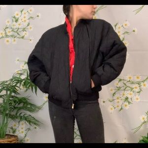 Vintage black quilted outdoor jacket red lining